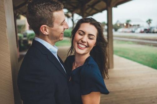 5 Kebahagiaan Pacaran Bertahun - tahun Sampai Ke Pelaminan