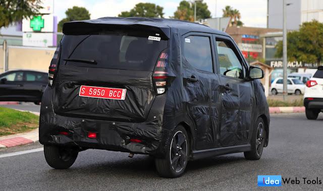 スペインで軽自動車の「日産・DAYZ(デイズ)」/「三菱・eKワゴン」の新型プロトタイプが目撃!
