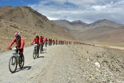 500 Nuns Cycle Across Himalayas