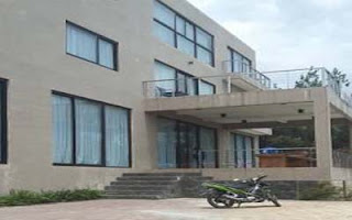 villa murah di lembang fasilitas kolam renang