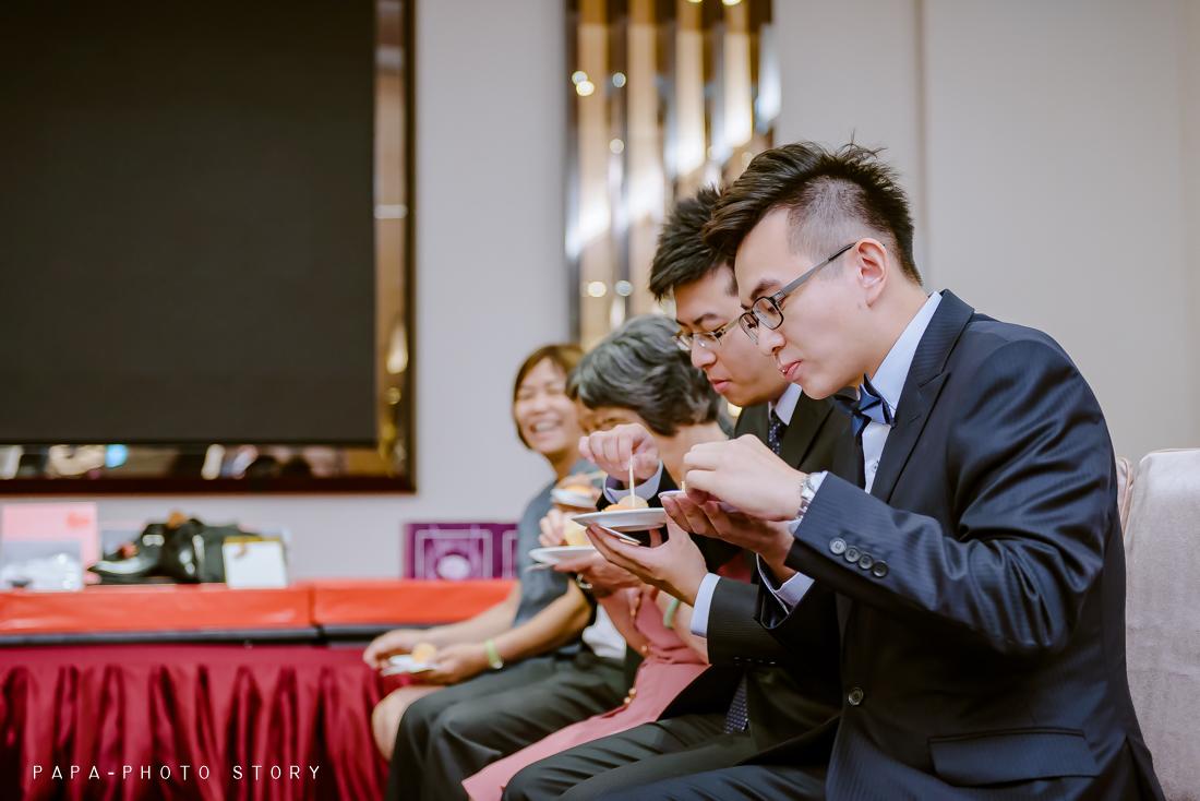 婚攝,自助婚紗,桃園婚攝,婚攝推薦,就是愛趴趴照,婚攝趴趴照,京華城,臻愛會館,婚禮記錄,PAPAPHOTO