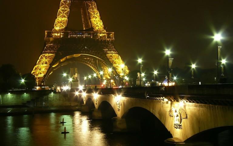 Khám phá những địa danh lãng mạn nhất Kinh đô ánh sáng
