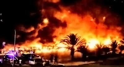 Arden 26 coches en Valle de Jinamar,Telde, Gran Canaria