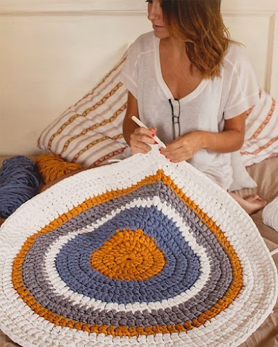 Cómo tejer en redondo Trapillo