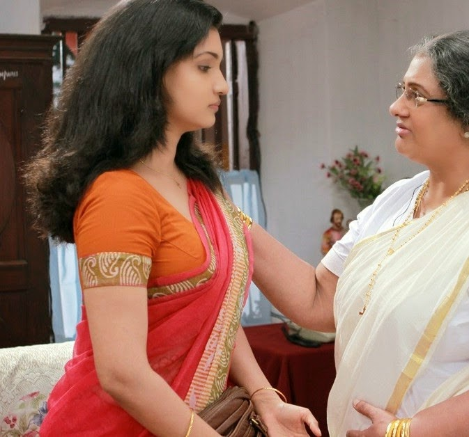 Honey Rose In Sir CP Movie Saree Photos