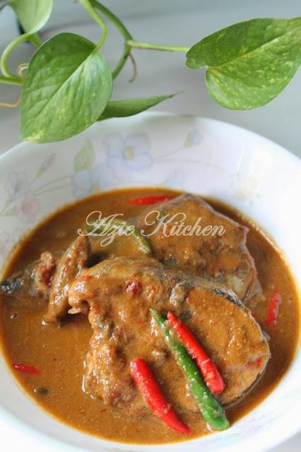 Gulai Ikan Tongkol Untuk Nasi Dagang
