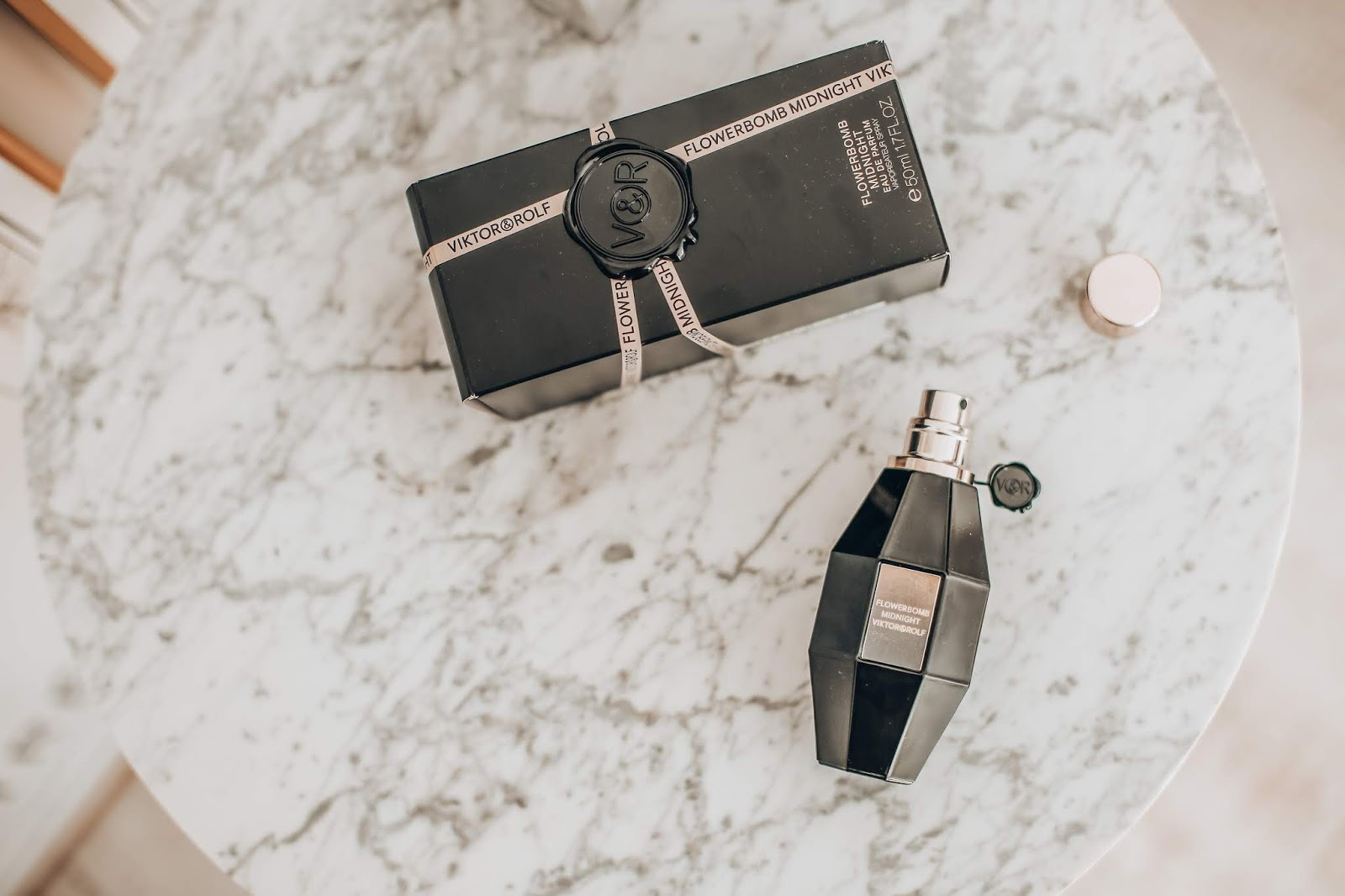 Flowerbomb midnight by Viktor & Rolf