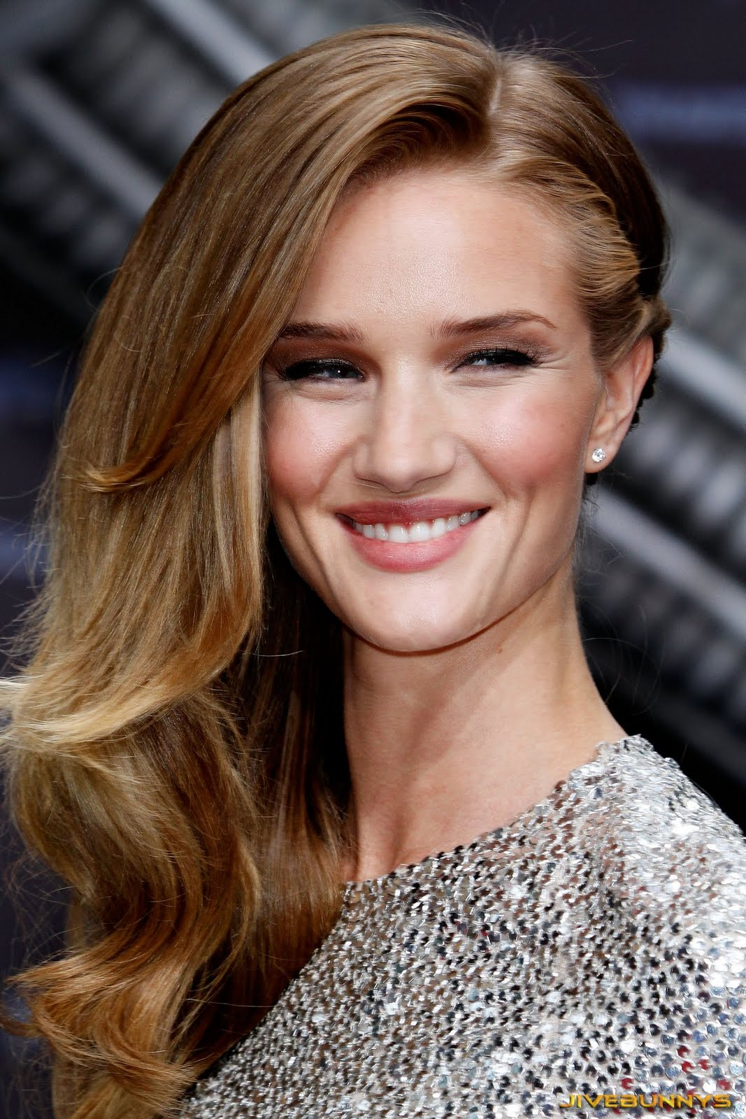 Rosie Huntington-Whiteley Special Pictures (10)