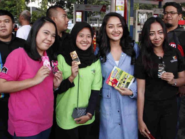 Siti Badriah Promosikan Semarak Berkah Energi Pertamina di Kota Bandung