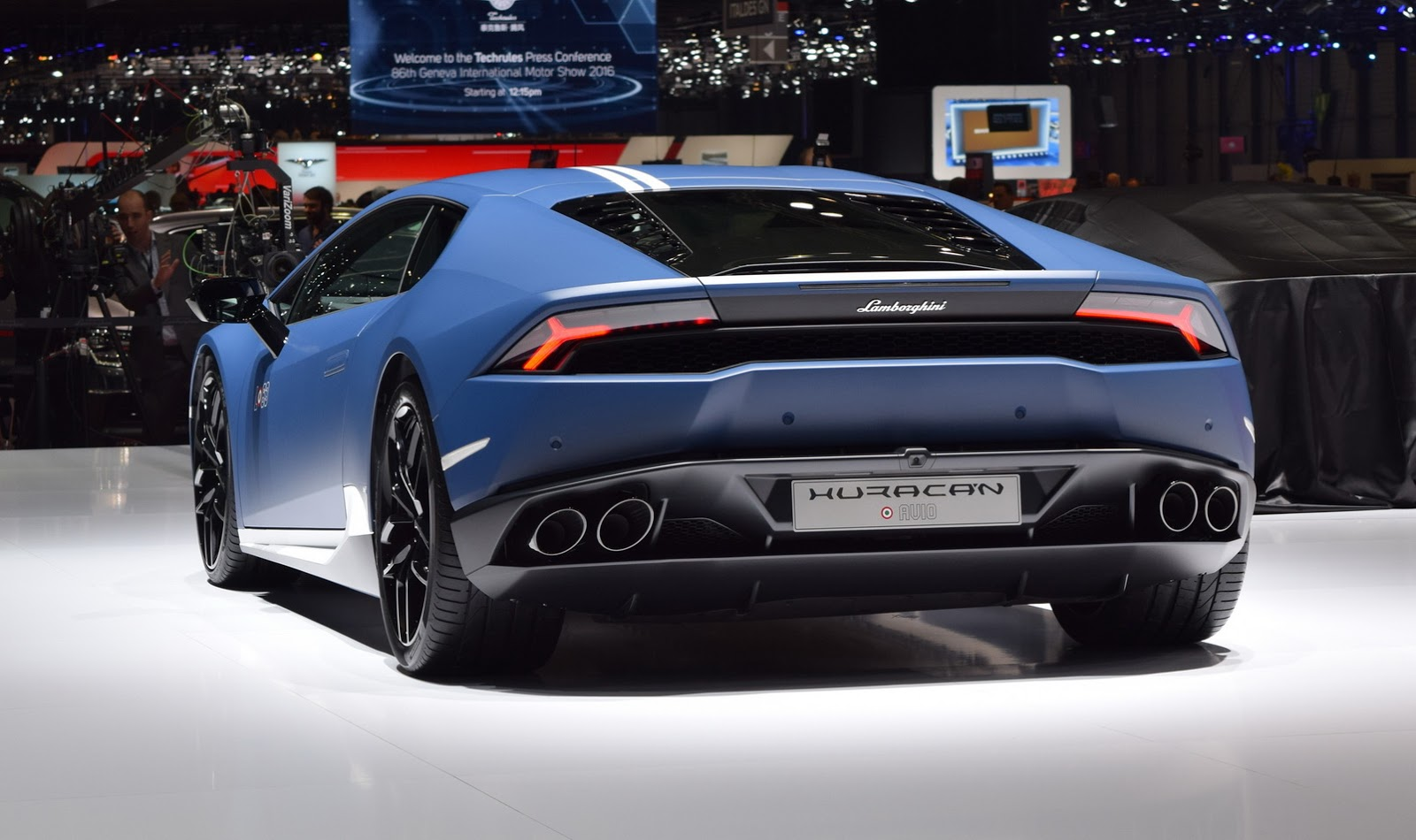 Siêu xe Lamborghini Huracan Avio 2017