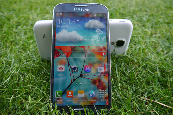 ELECTRONIC DEVICES : Samsung Galaxy S4 review