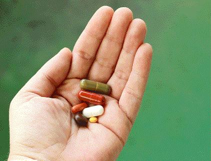 membawa-obat-di-saat-traveling-notes-asher