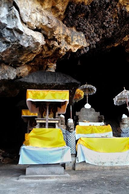 Goa Lawah - Jaskinia Nietoperzy
