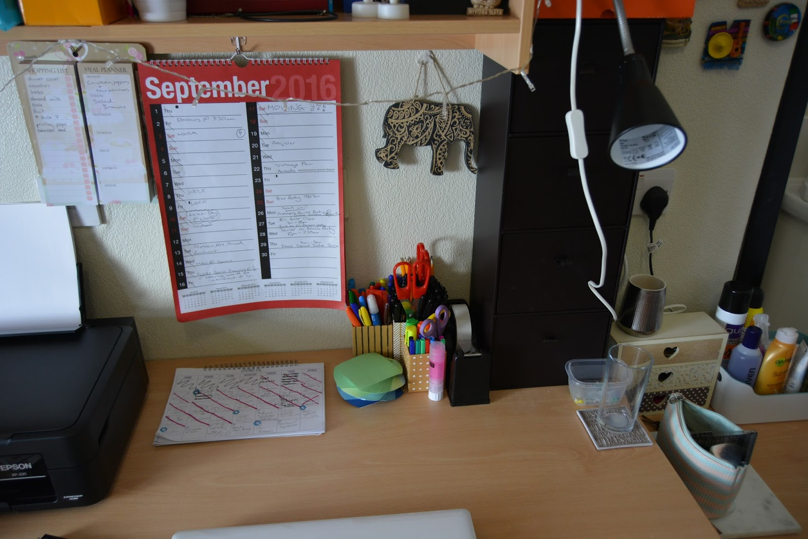 desk, organisation, university, revision, learning, blogger, uni room