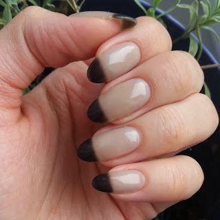 #31 Inspired by honor nails you love - termiczny lakier hybrydowy neonail - Black Russian