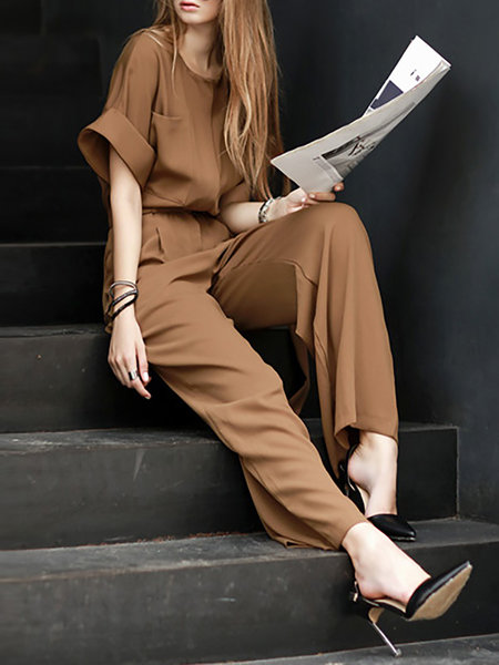 I just got the idea that anyone would be going to an interview and in a harry, would just grab something out of these jumpsuit with a pointed heels and statement bag and they would look great in less than 60 second.  Really guys, if you are anything like me and love to just wear something easy and quick because your mind is elsewhere, this is the perfect solution for you.