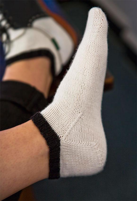Miss Julia S Patterns Free Patterns 50 Slippers Amp Socks