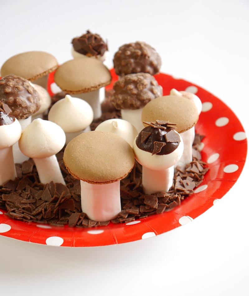 How To Make Meringues & Marshmallows Sweet Toadstools Recipe | BirdsParty.com