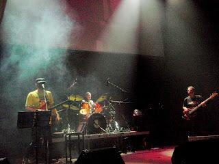 Rock live ΤΡΥΠΕΣ & ΤΑ ΞΥΛΙΝΑ ΣΠΑΘΙΑ_ροκ2