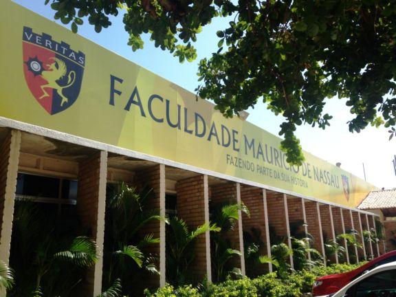 Resultado de imagem para Faculdade Maurício de Nassau