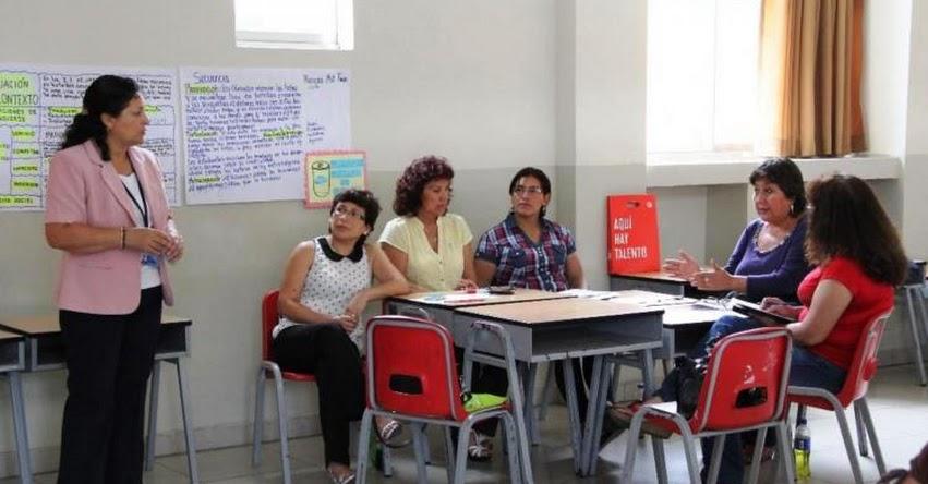 MINEDU: Más de 23 mil maestros de secundaria serán capacitados [LISTA DE REGIONES] www.minedu.gob.pe