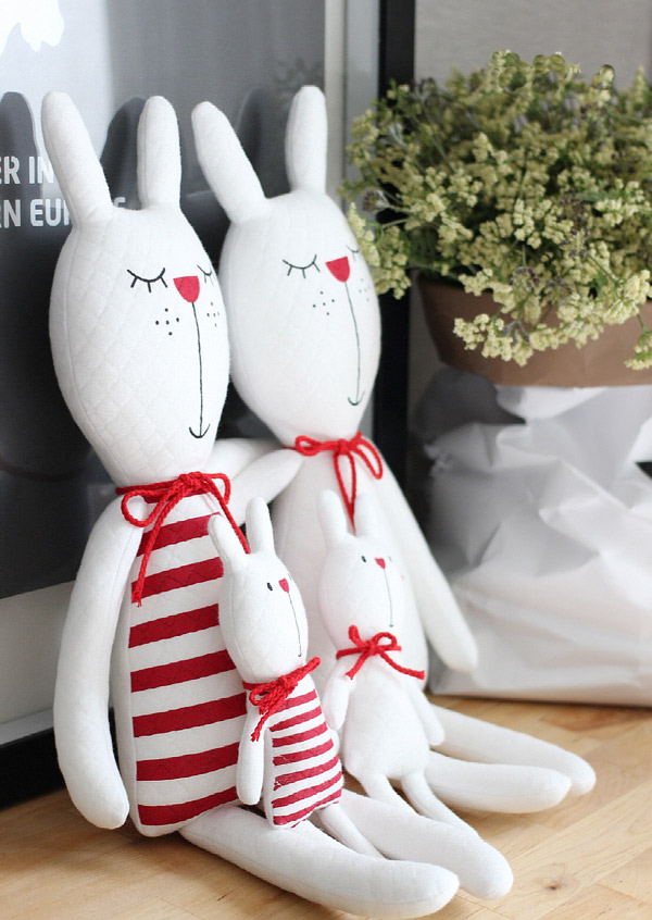 Tilda bunny rabbits, Stuffed animal rabbit, Bunnies family, Tilda toys. Семья кроликов-куклы тильда