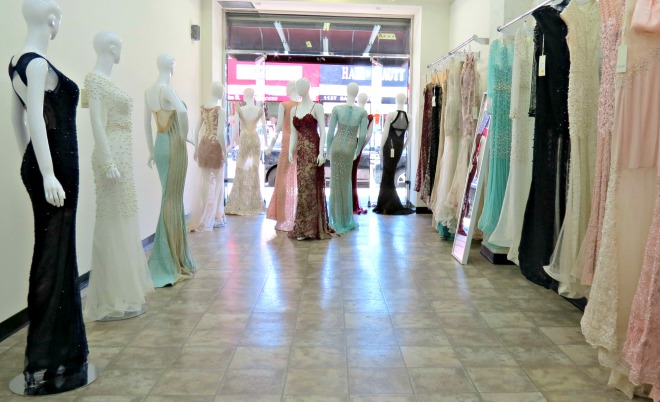 Cheap Wedding Dresses In Los Angeles: The Santee Alley: Now Open: Azzure Couture Special
