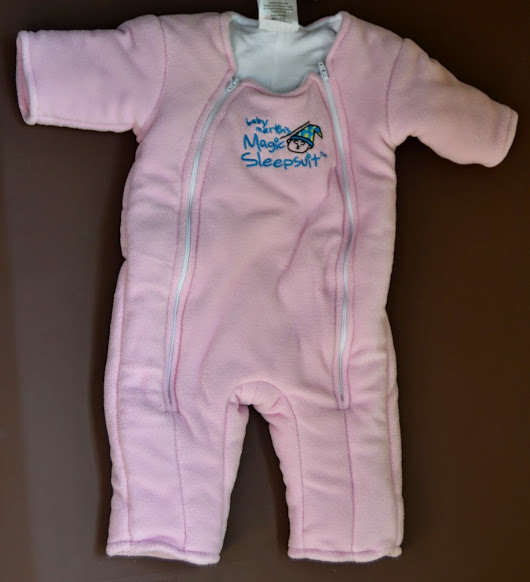 The Nutritionist Reviews: Magic Sleepsuit Review and Giveaway