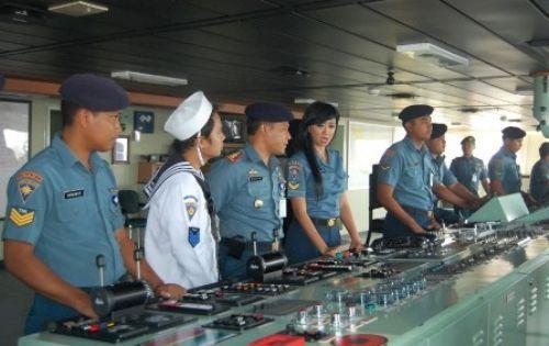 Ngulik di KRI Banda Aceh-593