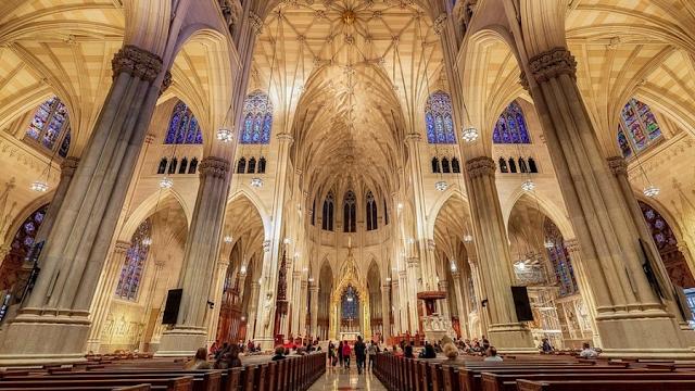 New York : une visite dans la magnifique cathédrale Saint-Patrick