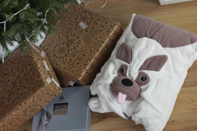 pyjama christmas gift guide 2016