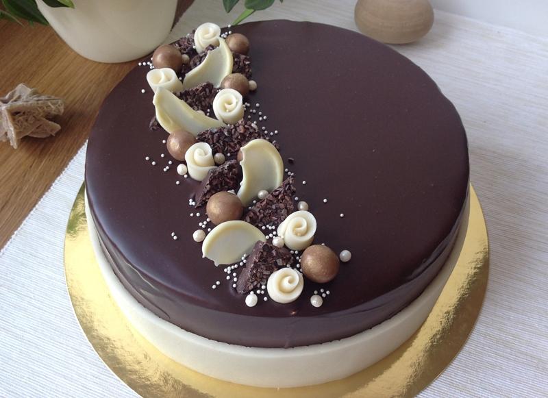 jak upéct dort k narozeninám VÍKENDOVÉ PEČENÍ: Vanilkovo čokoládový dort jak upéct dort k narozeninám