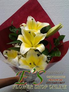 hand buket bunga tangan lily cassablanca