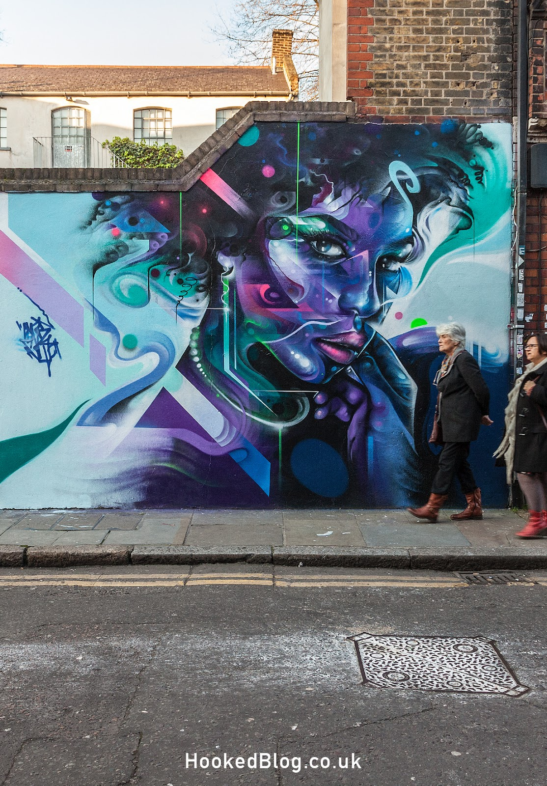 Brick Lane Street Art Mural by artist Mr Cenz. Photo ©Hookedblog / Mark Rigney