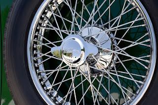 image by FireAngel - https://pixabay.com/en/car-automobile-wire-wheel-tyre-888913/