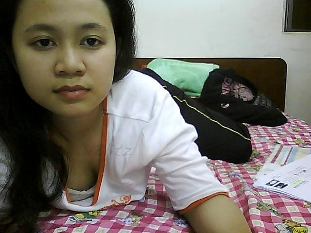 Kimcil Xxx Malay Women - Awek Tudung Tayang Selaput Dara-8783