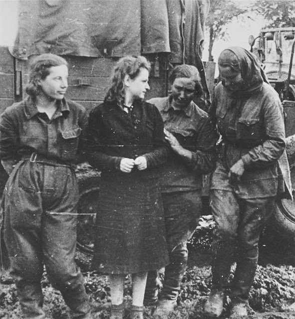 Captured Soviet female soldiers, 19 August 1941 worldwartwo.filminspector.com