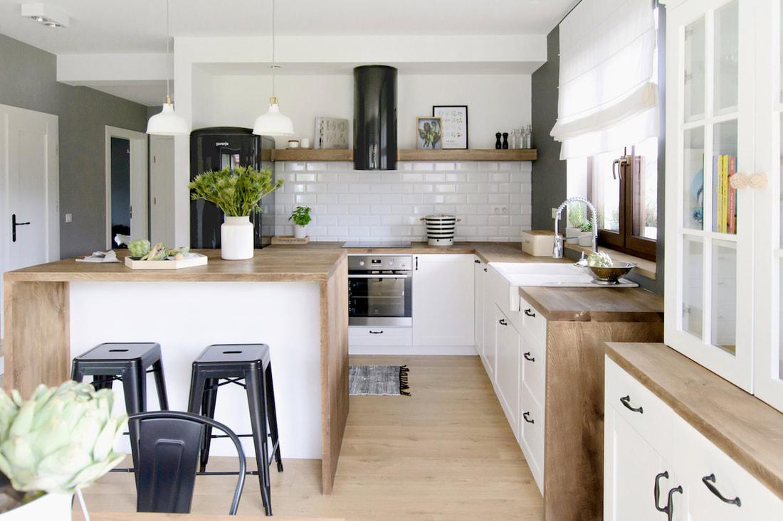 Lemn c r mid expus i un decor scandinav modern ntr o for Al saffar interior decoration l l c