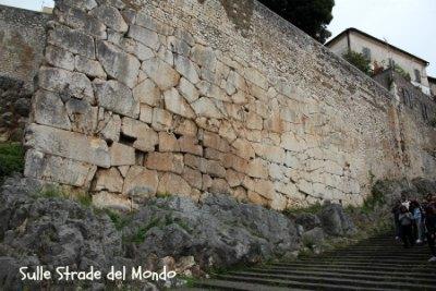 Mura di Cori