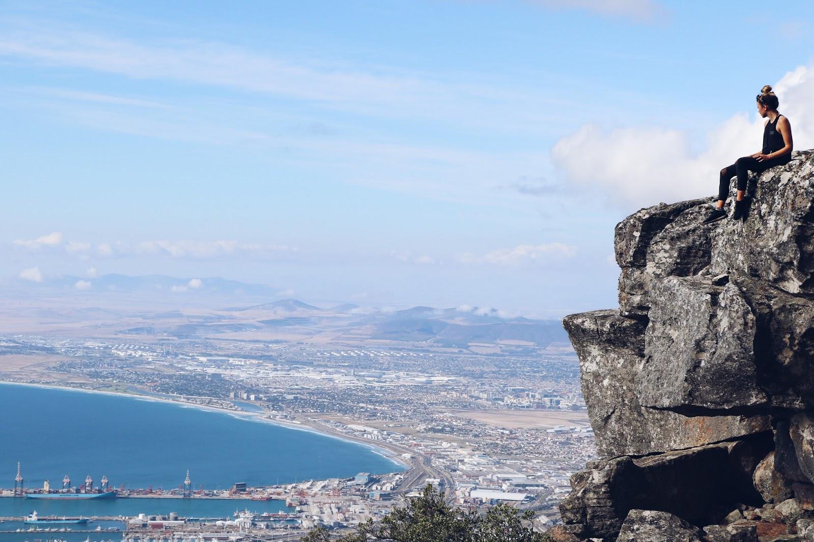 travel blogger, hiking table mountain, copper garden