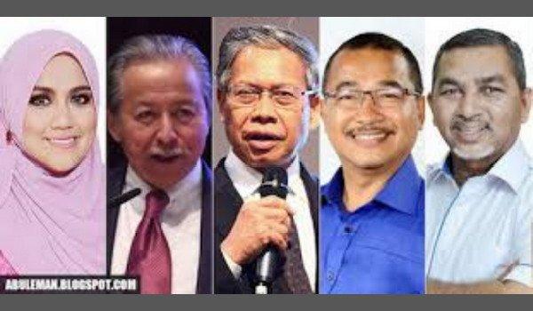 Keluar UMNO sebab hilang projek