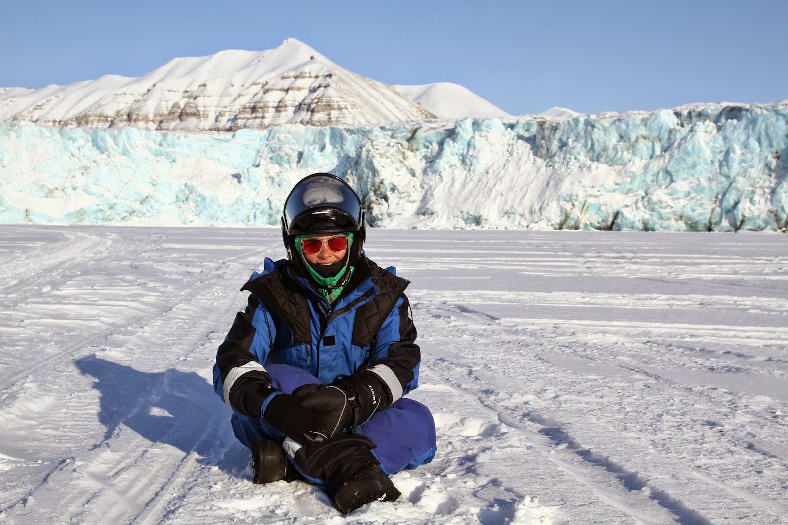 Expedição em MOTA DE NEVE a Tempelfjorden nas ilhas Svalbard | Noruega