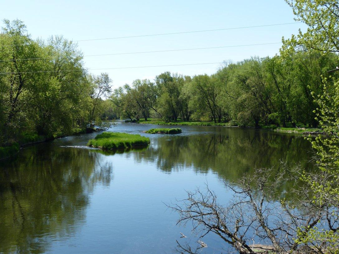 Red Cedar River ~ Cranberry morning hodgepodging america s dairyland