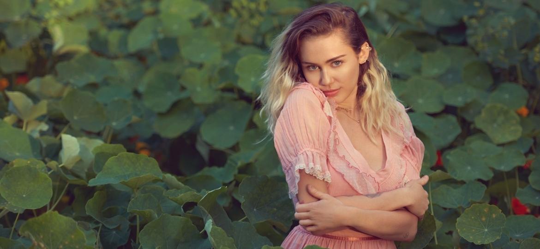 Nova música, novo visual de Miley Cyrus
