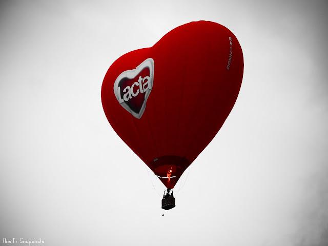 Το αερόστατο της Lacta μπροστά στη ΔΕΘ