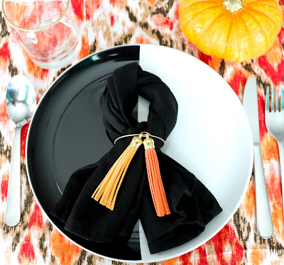 http://www.akailochiclife.com/2015/11/style-it-tassel-napkin-rings-for.html