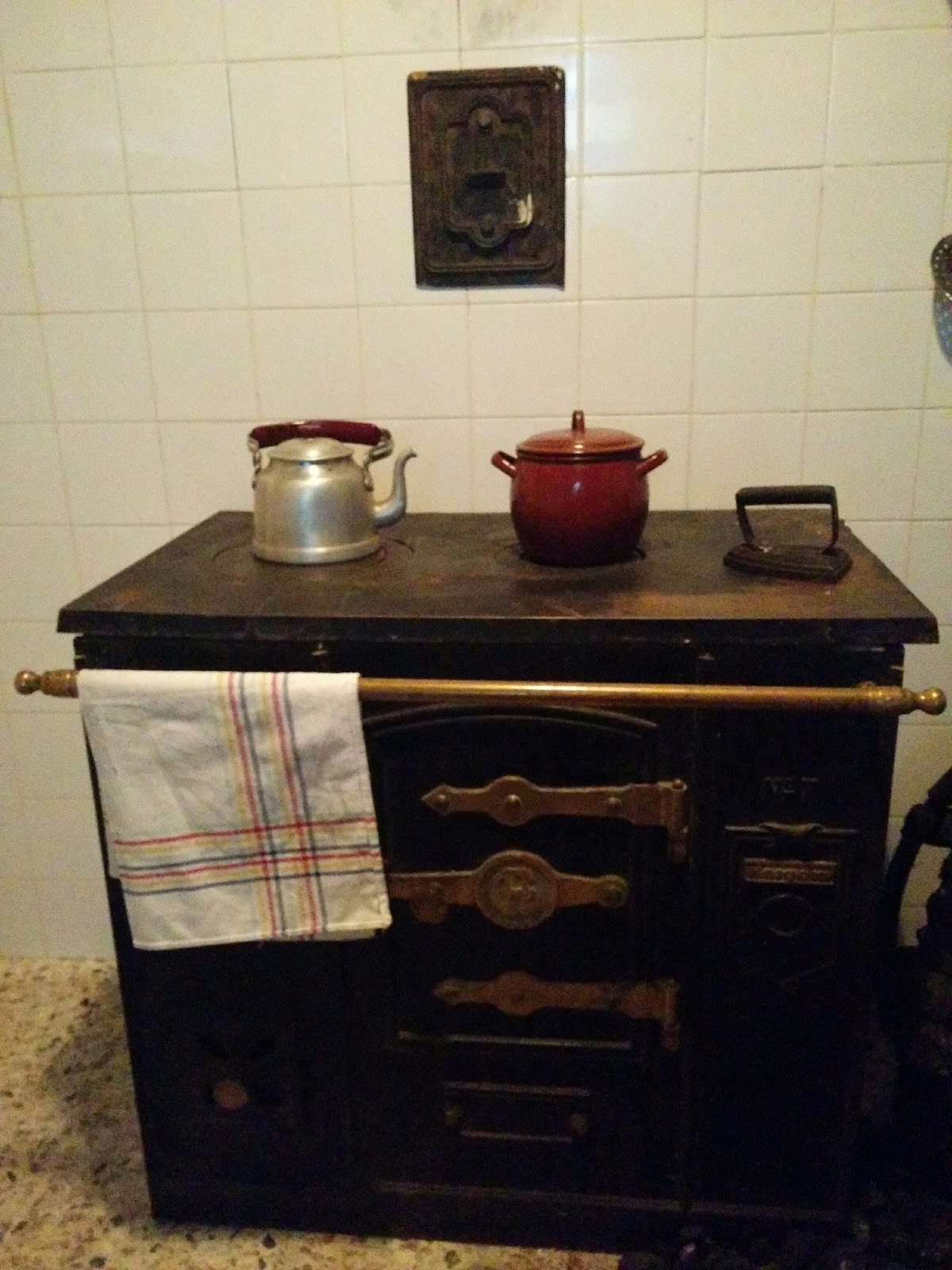 Museo centro de interpretaci n de la miner a de barruelo for Cocinas hergom vitroceramica