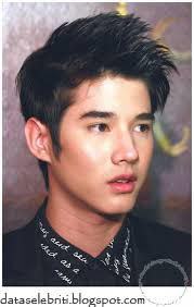 Foto Terbaru Ganteng Mario Maurer Pemeran A Crazy Little Thing Called Love