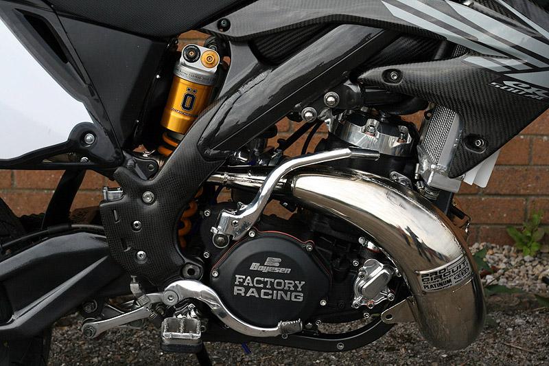 Racing Caf    Honda CR 500  Black Diamond  by Taffy Racing