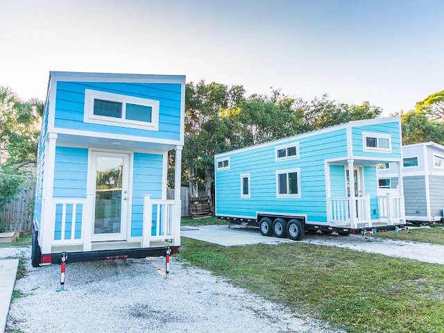 Blue Oasis tiny beach house